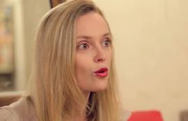 Aurélie Valognes, raconte comment l'auto édition lui a permis de rencontrer son éditeur. Interview sur monBestSeller.com