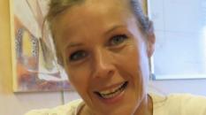 Ma mère elle est maire et elle aime la mer... par Corinne Coudereau