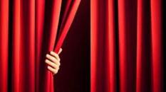Lire le théâtre en ligne «Le bourgeois bohème» de Paul Charrier