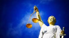 Quand il n'y a pas de justice, il faut en recréer les conditions