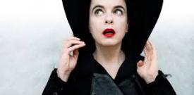 Amélie Nothomb, le cirque a ses vertus : C'est une marque.