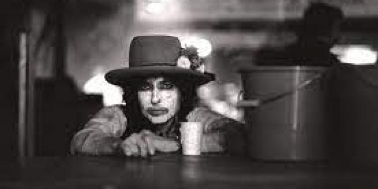 Bob Dylan, l'un des derniers Prix Nobel de littérature, le plus contesté