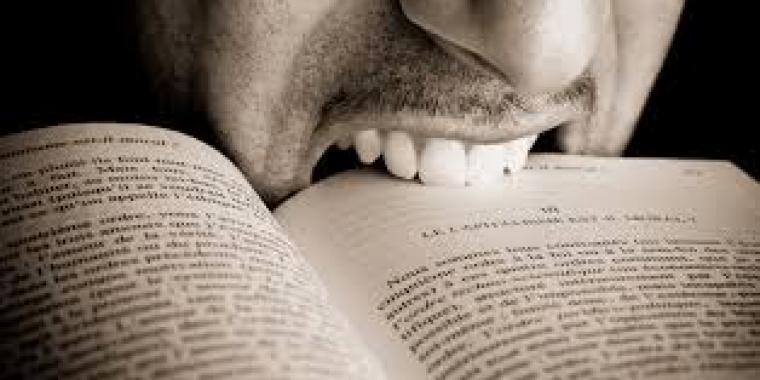 Lectures gratuites et commentaires. Les auteurs peuvent-ils se plaindre ?