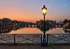 c'est grâce à vous que j'ai réalisé que le Pont des Arts était un personnage à part entière de mon roman