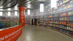 La station Victoria Square transformée en bibliothèque numérique