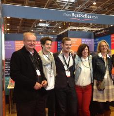 Toute l'équipe monBestSeller au salon du livre de Paris 2013