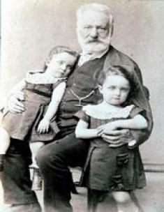 Victor Hugo et moi (à droite)